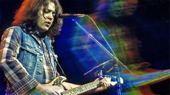 "Rory Gallagher: Κυκλοφορεί μία σπάνια ""blues"" συλλογή"